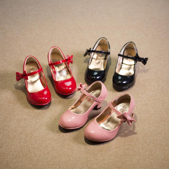 Crianças shoes flats meninas para crianças 2016 primavera menina do outono sapatos de salto alto princesa liang couro shoes rosa vermelha black26-30 zapatos