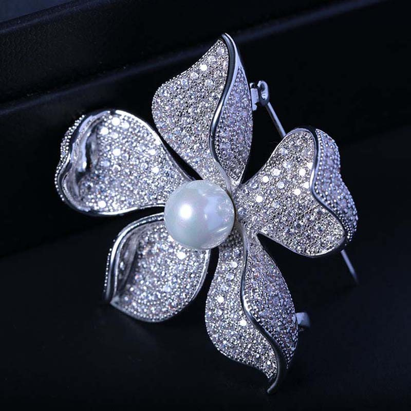 Image 3 - Red Trees High Quality Sparkly Flower Brooch For Women With Luxury Cubic Zircon And Shell Pearl Christmas Gift For Ladies-in Hair Jewelry,Brooches & Body Jewelry from Jewelry & Accessories