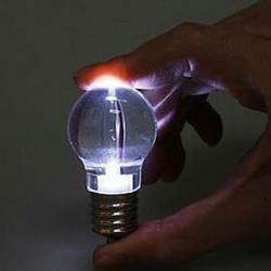 2018 новые творческие светодио дный флэш-фонари мини лампы брелок Рождественский подарок милый брелок лампа меняет цвет ключ кольцо в виде