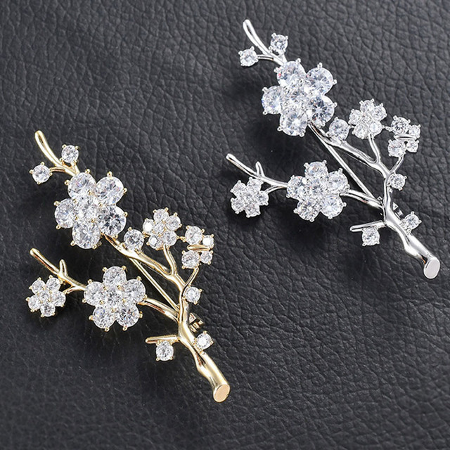 03c5ac431d8 2019 New Elegant Luxury Rhinestone Brooch Pin Sparkly Crystal Flower Branch  Brooches For Women Accessories Jewelry