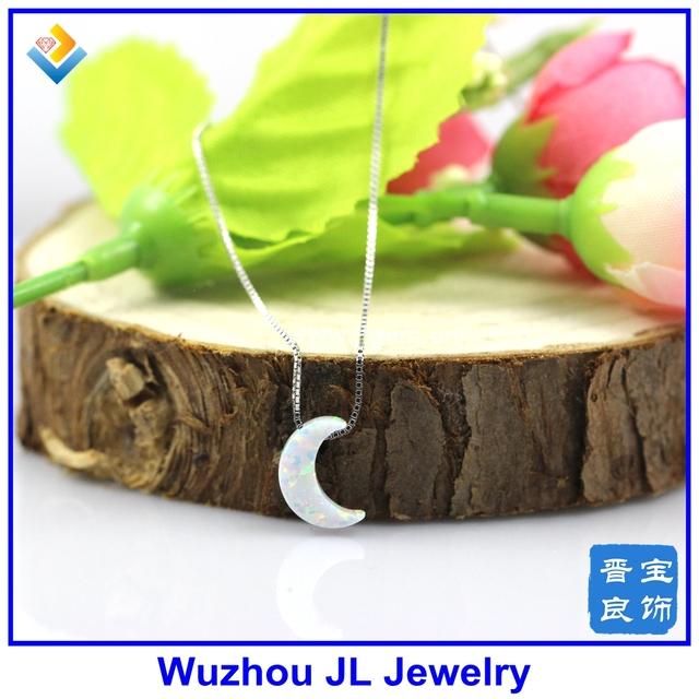 (1 pc/lote) Frete Grátis Sintética de Alta Qualidade 8*11mm Branco OP17 Opala Lua Forma Pendant com 925 Colar de prata esterlina