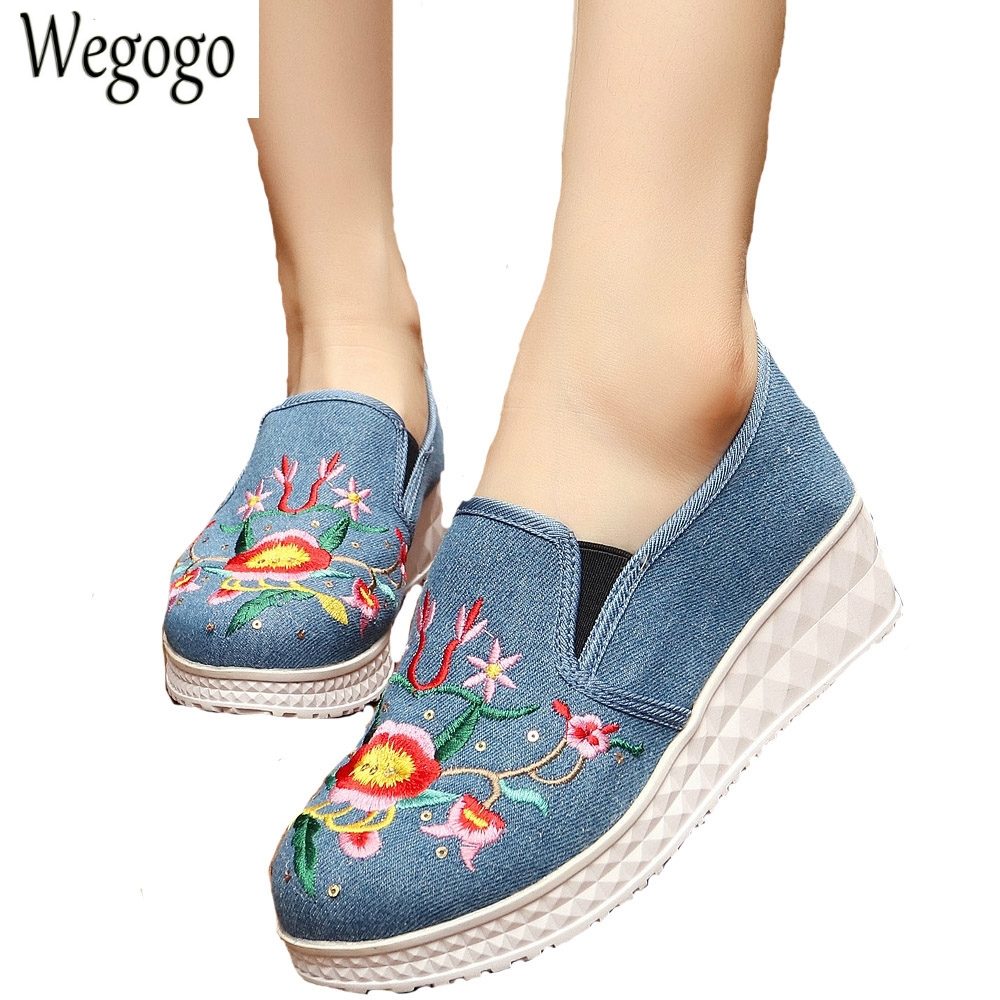 Vintage Women Flats Casual Shoes Floral Embroidery Canvas Fashion Platform Cotton Cloth Shoes Woman Sapato Feminino vintage flats shoes women casual cotton peacock embroidered cloth flat ankle buckles ladies canvas platforms zapatos mujer