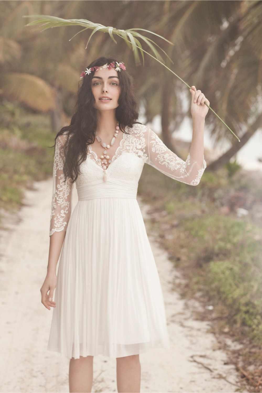 Классическое Белое пляжное свадебное платье 2018 Кружева Аппликация V шеи Половина рукава длиной до колен шифон официальные свадебные платья плюс размер