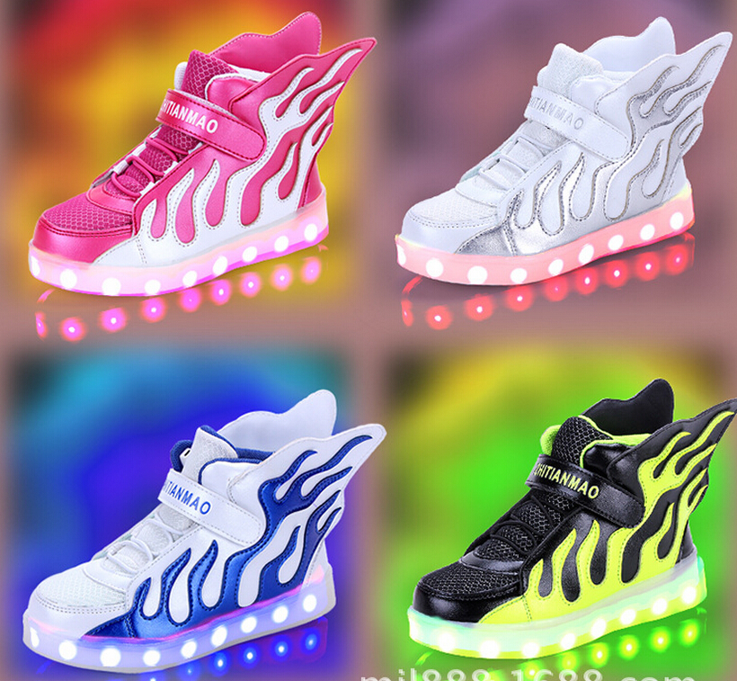 2017 Children's shoes USB charging emitting boys and girls children's shoes LED illuminated luminous wings shoes sneakers