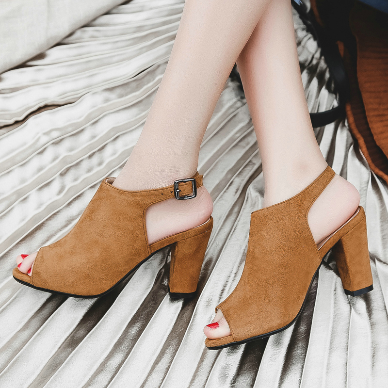 ФОТО New Sale Fashion Retro Thick Heel European Women Summer Shoes Open Toe High Heels Sandals Dress Shoes for Party Plus Size 34