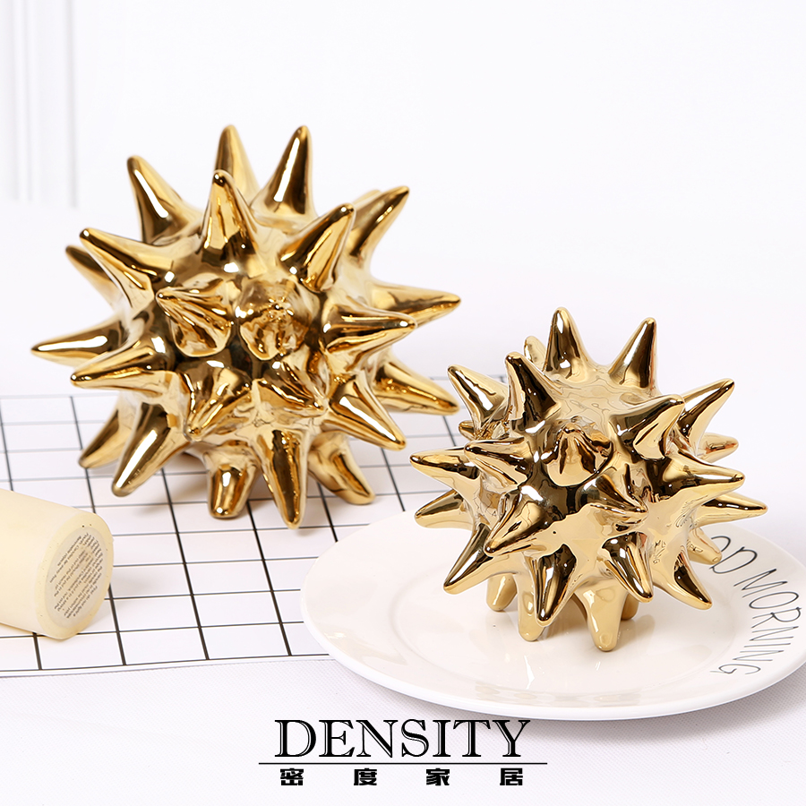 SN 2PCS/SET Golden Thorn Ball Ceramic Furnishing articles contemporary contracted desktop example room Home decorationSN 2PCS/SET Golden Thorn Ball Ceramic Furnishing articles contemporary contracted desktop example room Home decoration