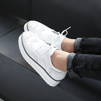 Women Falt oxfords casual Walking Sneakers British Wind Pointed Tassel Carved Lace up fashion Bullock wedding Platform Shoes k5