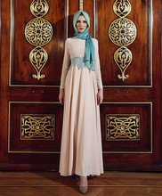 Long Sleeve Muslim Evening Dresses Appliques Hijab High Neck Dubai Kaftan Middle East Islamic Women Formal