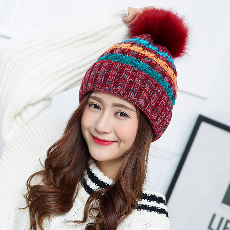 The new caps pom poms hats women's casual fashion brand Winter Hat Cap Hat crochet knitting wholesale female female bone attacke the new children s cubs hat qiu dong with cartoon animals knitting wool cap and pile