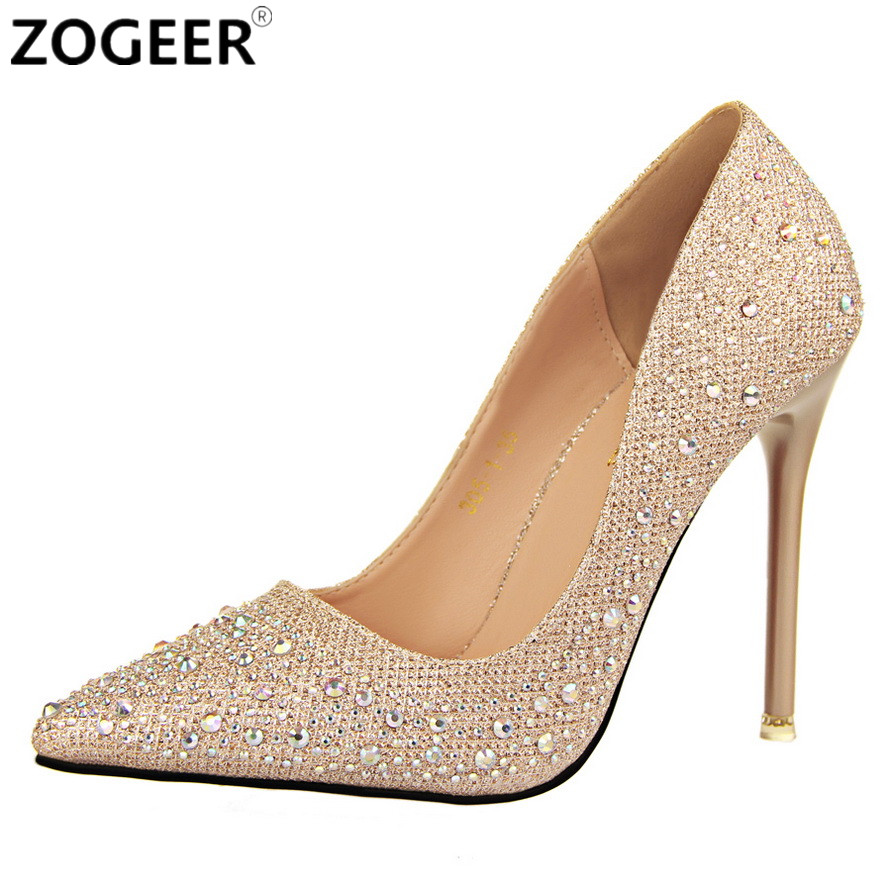 Find the latest patterns, colors and trends in high heels and pumps for women, including rose gold metallic, florals and strappy buckles. We offer many different styles of shoes to match your outfit, like gladiator heels and peep-toe heels.