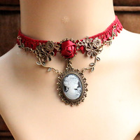 2016 New European And American Retro Palace Wine Red Roses Vine Lace Necklace Original Beauty Head