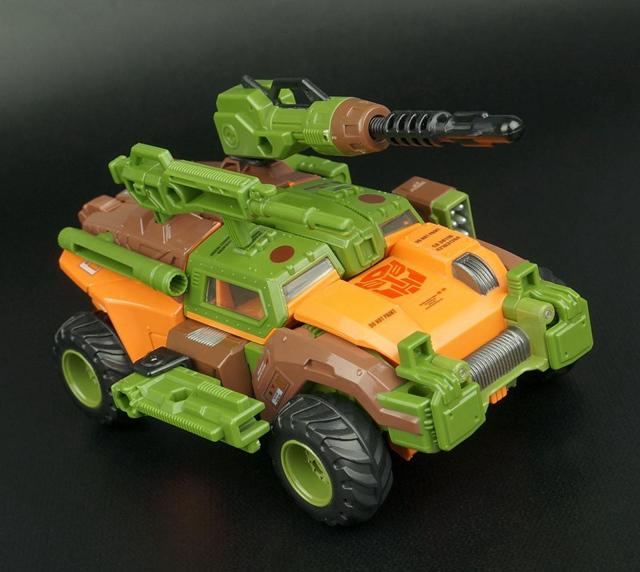 Voyager class Roadbuster Classic Toys For Boys Without Retail Box smilodon tiger lion polar bear cheetah eagle classic toys for boys ferocious beast movable animal small size without box