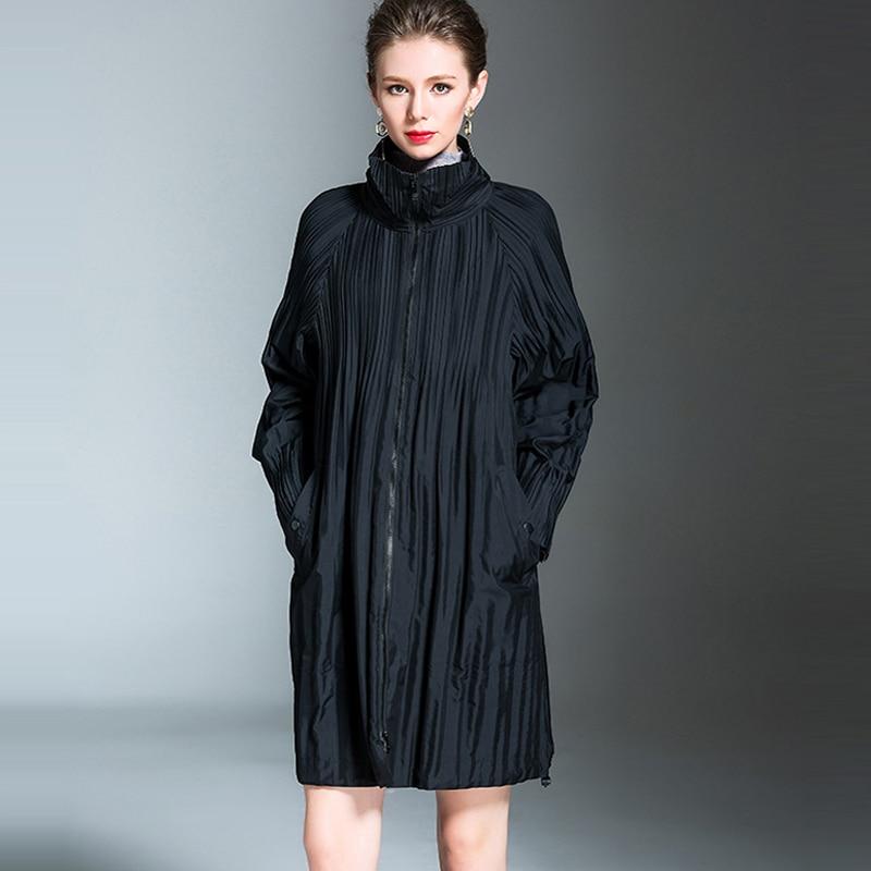 Changpleat 2018 Autumn Winter women outerwear   Trench   Fashion Miyak Pleated loose Large Size long sleeve turtleneck Long coats C9