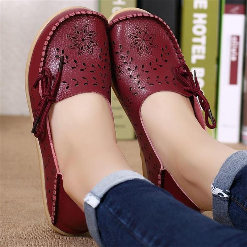 Women Flats Cut-outs Comfortable Women Casual Shoes Round Toe Moccasins Loafers Footwear Breathable Driving Woman Shoes ST431 2017 summer new women fashion leather nurse teacher flats moccasins comfortable woman shoes cut outs leisure flat woman casual s