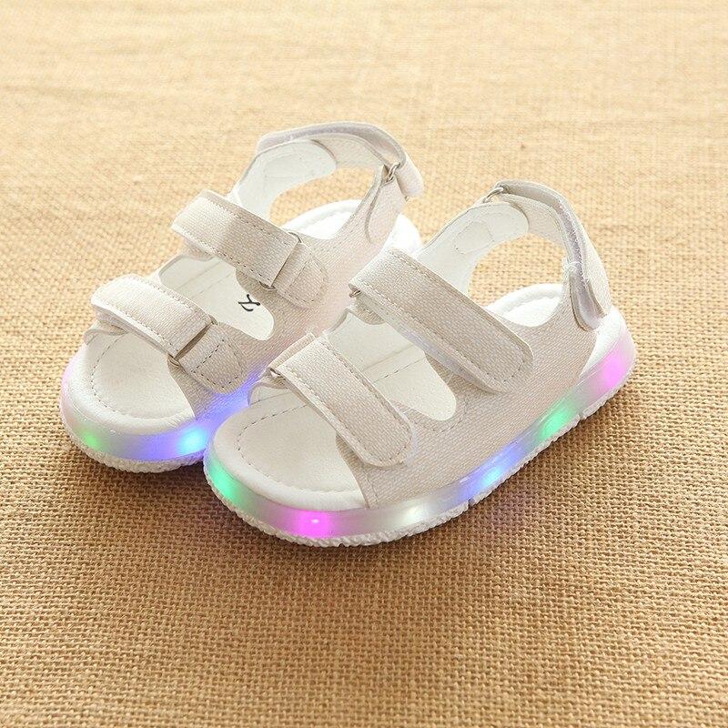 2018 Kids Girls Boys Sandals LED Glow Children Beach Shoes Summer Child Shoes Cute Shoes Casual Kids Sandals