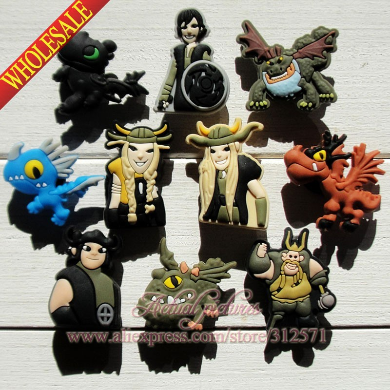 Free shipping 10Pcs/lot How to train your dragon PVC shoe charms/shoes accessories Shoe Decoration for wristbands Kid Favor Gift how to train your dragon 2 dragon toothless night fury action figure pvc doll 4 styles 25 37cm free shipping retail