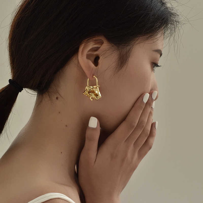Péri'sbox instajoaillerie boucles d'oreilles créoles froissées en or massif pour femmes boucles d'oreilles abstraites Chic boucles d'oreilles irrégulières déclaration célébrité