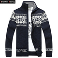 Brother Wang New men 's sweater Fashionable Christmas pattern cardigan sweater jacket Men casual thickening knitwear