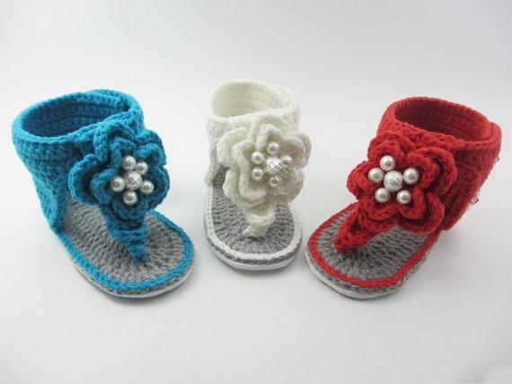 Häkelarbeit baby sandalen, häkeln babyschuhe, flip flop, Perlen ...