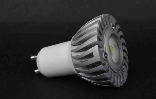 GU10 1*1W led spot light with 85 to 265V AC Input;120lm,large stock;please advise the color you need;P/N:DL-GU10-1W
