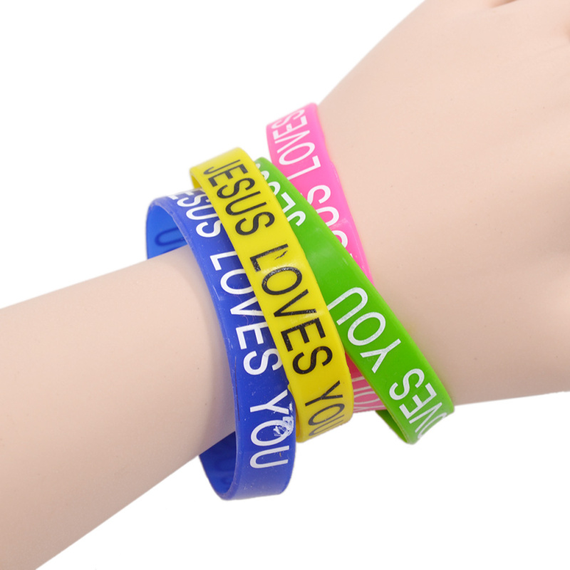 Random Color 10pcs Mixed Color Bracelet Set Words Printed Silicone Cuff Wristband Rainbow Bracelet Unisex Jewelry