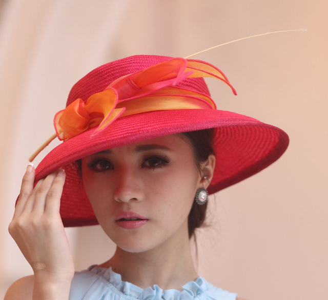 09910d13bdc 2017 Vintage Women Straw Derby Church Wedding Cocktail Evening Party Beach Hat  Fedora Cap Wide Brim