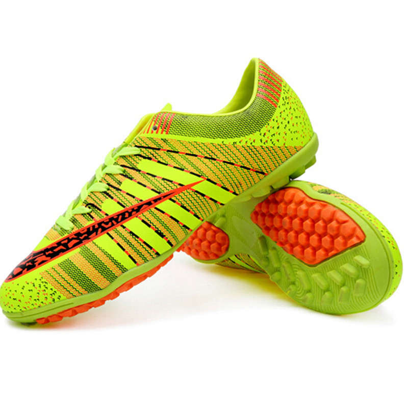 ФОТО New Arrival Men Soccer Shoes Indoor Women Football Shoes Lace-up futbol PU Leather Unisex Lover Soccer Shoes chuteiras futsal