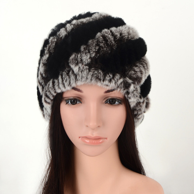 815 nueva moda de otoño y invierno sombreros de piel las mujeres de piel de  conejo f9ba503391b