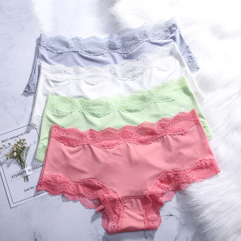 LANGSHA 4PCS/lot Seamless   Panties   Women Sexy Solid Lace Beifs Traceless Comfot Lingerie Nylon Ice Silk Calcinhas Girls Underwear