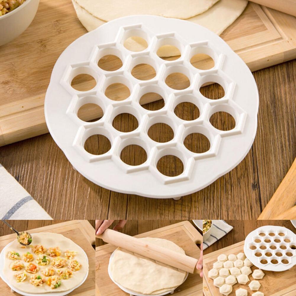 Keuken Gebak Gereedschappen 19 Gaten Nieuwe Dumplings Mold Tool Maker Deeg Druk Bol Ravioli Knoedel Maker Keuken Accessoires
