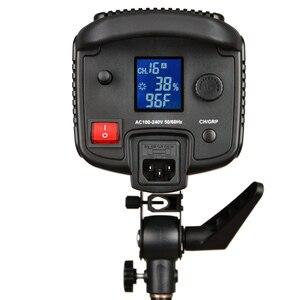 Image 5 - Godox SL 150W SL150W 5600K beyaz versiyonu LCD Panel sürekli LED Video işığı + 70x100cm softbox + 2.8m hafif Stand + ahır kapı