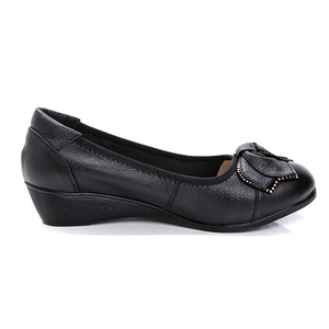 Image 3 - DONGNANFENG Women Mother Old Shoes Flats Loafers Cow Genuine Leather Pigskin Rubber Suede Slip On Bowknot Casual 34 43 HC 1107