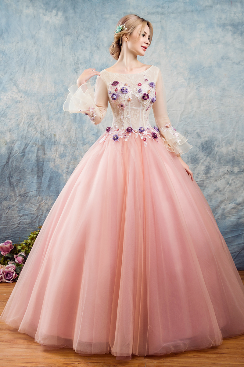 100%real embroidery beading long sleeve ball gown medieval dress princess Renaissance Gown queen Victoria/Antoinette/Belle Ball