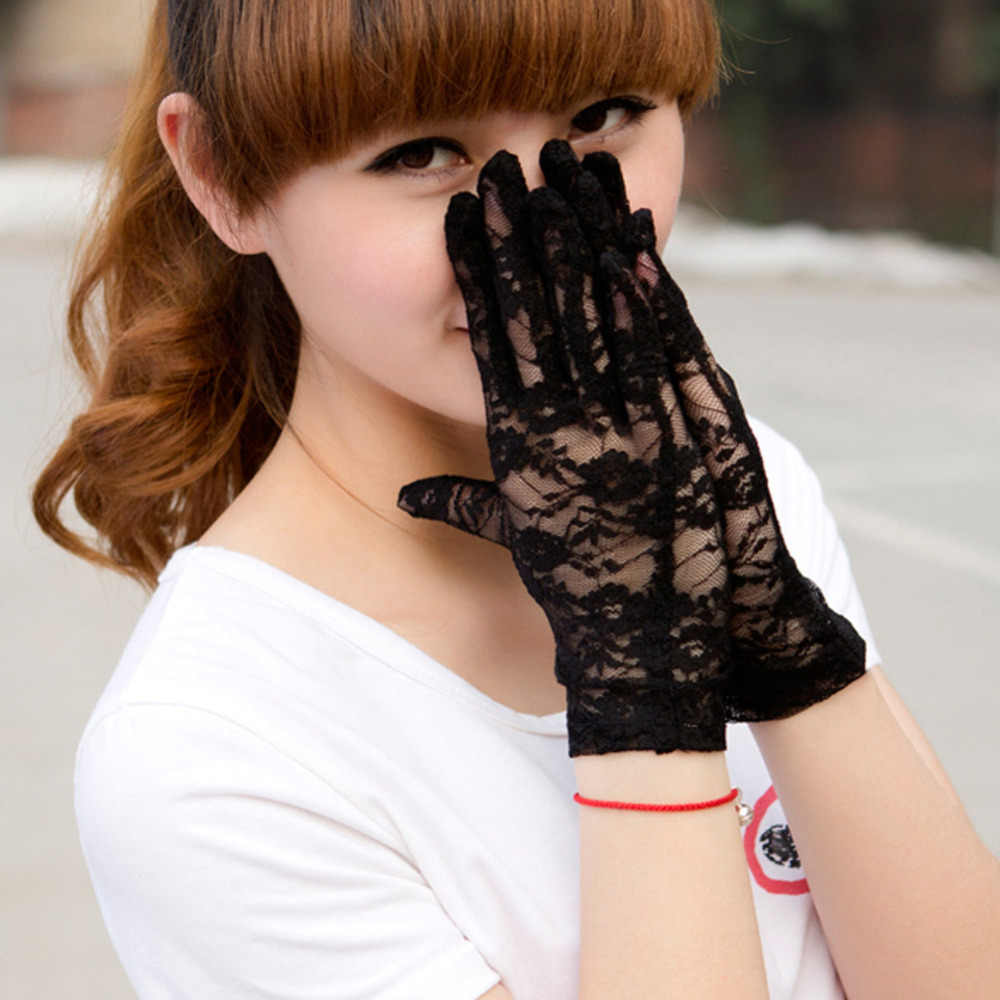 Fashion Women Sun Protection Accessories Lace Hollow-Out Gloves Delicate Lace Jacquard Pattern Lace Gloves