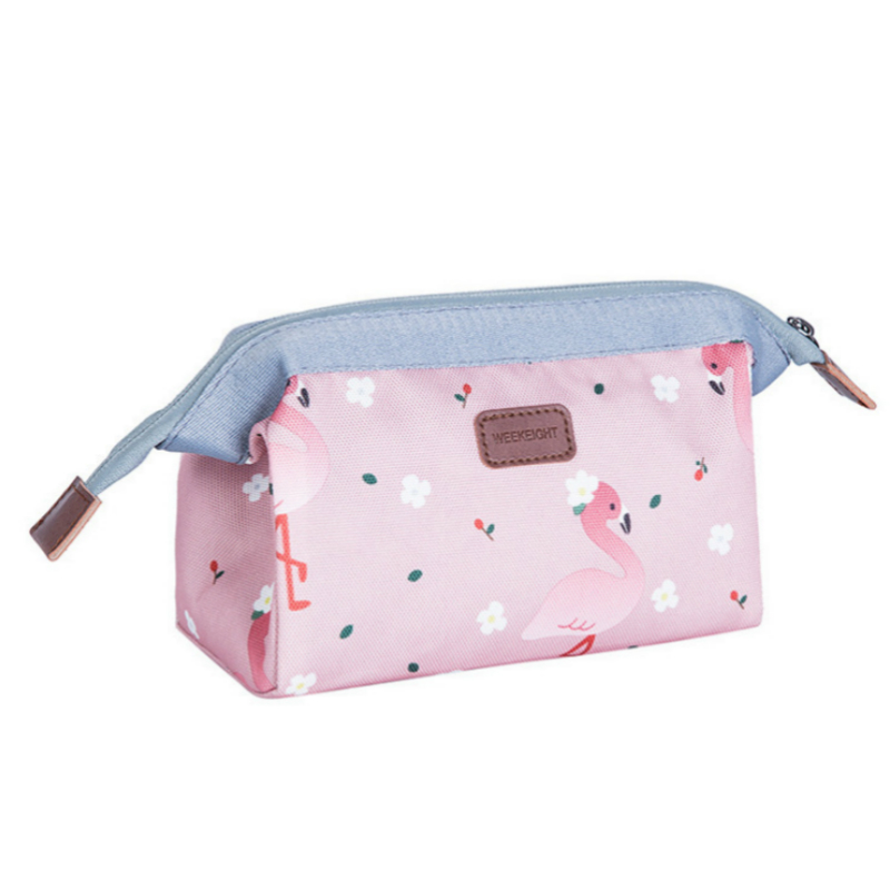 Women Nylon Cosmetic Bags 2018 New Fashion Flamingos Women Make Up Bags Female Waterproof Travel Wash Bags Organized Bags