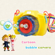 цена на Fully-automatic bubble Camera red/yellow radom Shape Soap Bubbles gun toy bubble with music light children party birthday gift