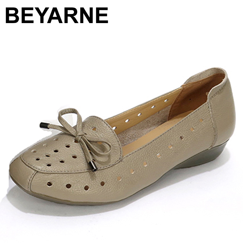 BEYARNE 2017 Summer Female Sandals Soft Comfortable Genuine Leather Flat Breathable Women shoes Fashion Mom Sandals women s shoes 2017 summer new fashion footwear women s air network flat shoes breathable comfortable casual shoes jdt103