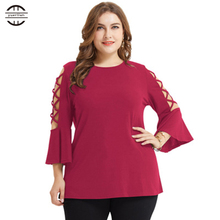 2018 New Big Size T Shirt Women Tops Three Quarter Sleeve O neck Hollow Out 4xl Tee Shirt Femme Flare Sleeve Plus Size Women цена