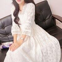 夏のエレガントレースドレススリムだった薄い王女白いドレスセクシーなvネック三分袖ファッションビーチロングドレ