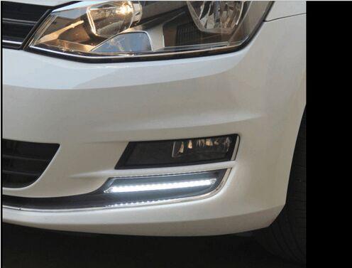 нзаднее стекло автомобиля наклейка светится