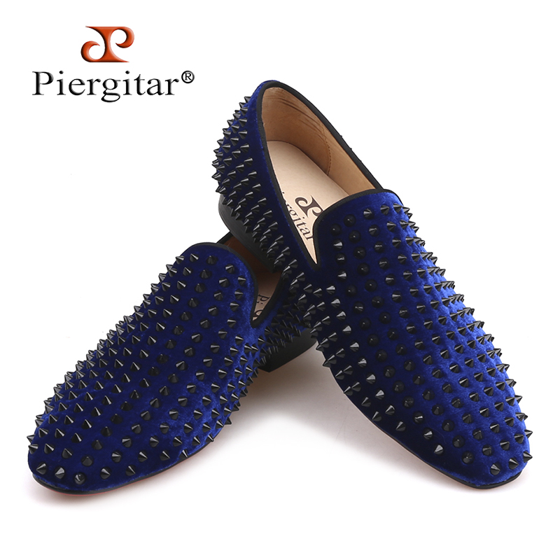 Piergitar 2018 Handmade men velvet shoes with black spike Fashion party and wedding men loafers Italian style smoking slippers piergitar handmade men velvet shoes with a variety embroideries british style men smoking slippers party and prom men loafers
