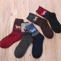 10 Pair A Lot Men Winter Socks Casual Style Camel Printed Male Socks Cotton And Wool