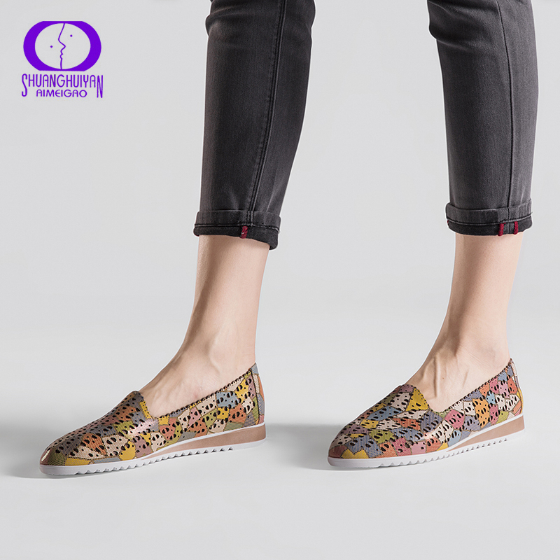 AIMEIGAO New Summer Slip On Flat Shoes Women Comfortable Soft Leather Colorful Shoes Female Casual Flat Woman Loafers Big Size
