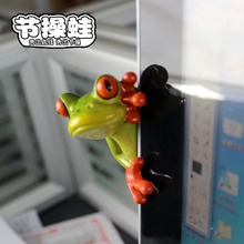 Free shipping Cute Funny Frog Family Mini Figures 2 styles Resin toys cake car office desk