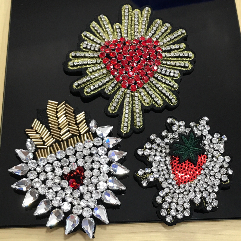 1pc handmade sequin beaded patches for clothing DIY rhinestone Sew on patch heart Embroidery applique parches bordados para ropa