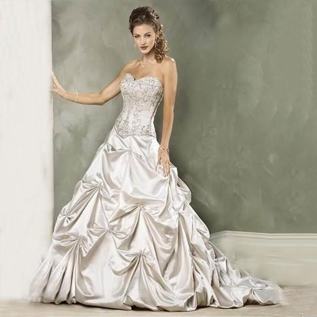 Bu Famous Designer Satin Retro Theme A Line Wedding Dress Ivory Sweetheart Beading Ruched Lace Up