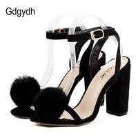 סנדלי נשים רצועת קרסול עקבים גבוהים Gdgydh 2018 חדש קיץ אישה נעלי עקבים עבים נעלי מסיבת נשים סקסיות פרווה אמיתית שמנמן