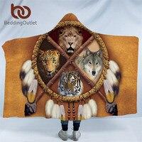 BeddingOutlet Dreamcatcher Adultes À Capuchon Couverture Ours Tigre Loup Indien Sherpa Polaire Portable Couverture Tribal Textiles de Maison