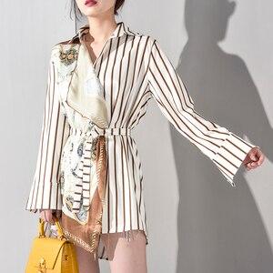 Image 3 - [EAM] 2020 nowa wiosna jesień Lapel długim rękawem wzór w paski drukowane nieregularne koszula w dużym rozmiarze kobiety bluzka moda JQ4900