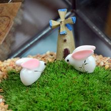 2/4/6/10 Pcs Cartoon Lovely Rabbit Family Statue DIY Micro Landscapes Ornament Home Decor(China)